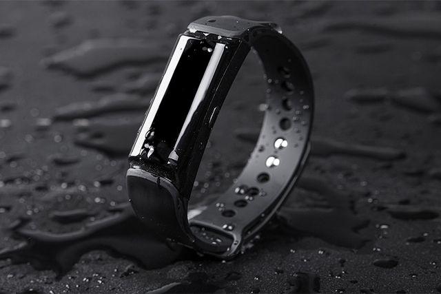 Những thiết bị công nghệ chống nước lý tưởng khi đi bơi tránh nóng-5