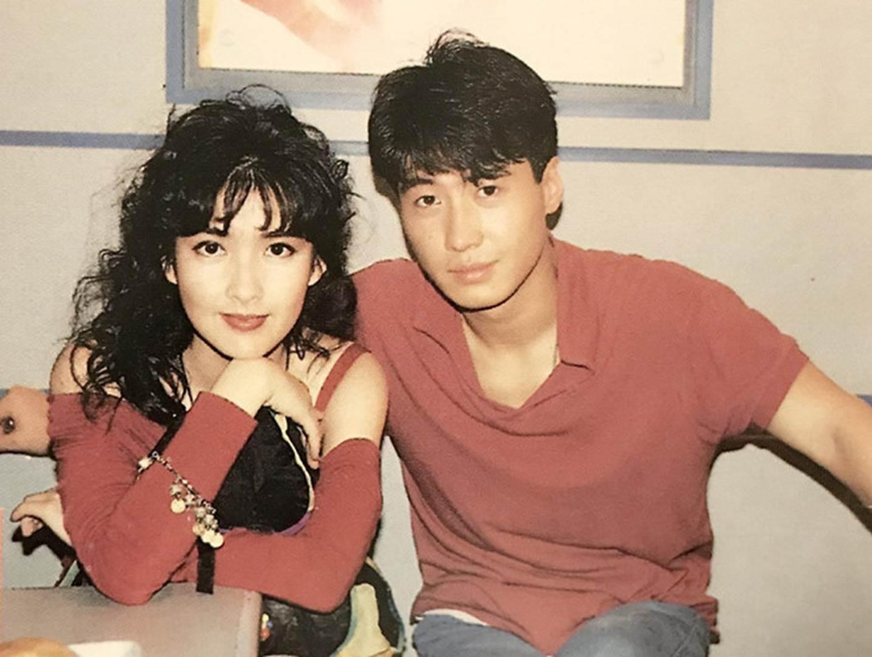 Châu Huệ Mẫn chia sẻ ảnh hiếm chụp cùng Trương Vệ Kiện, Châu Tinh Trì-4