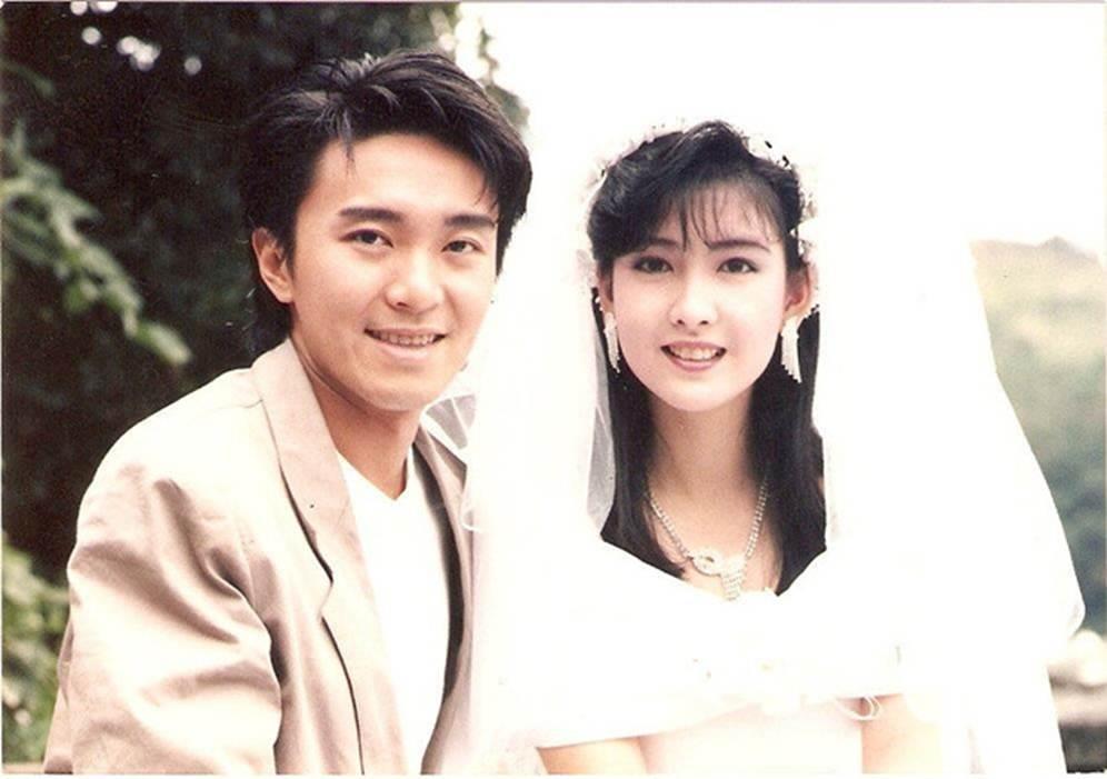 Châu Huệ Mẫn chia sẻ ảnh hiếm chụp cùng Trương Vệ Kiện, Châu Tinh Trì-10