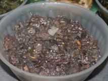 Đặc sản thịt thối lúc nhúc giòi ở Sơn La: Giòi càng nhiều món càng được khen ngon, lễ Tết đám cưới nhà nào cũng nấu