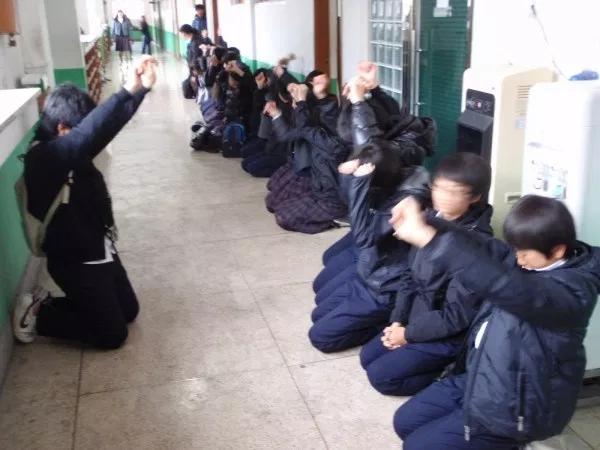 Hàn Quốc: Thầy đánh trò từng là phương pháp giáo dục hợp lý, đổi luật vì vụ bạo hành nghiêm trọng nhưng vẫn gây tranh cãi-3