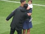 Son Heung-min bật khóc vì làm gãy cổ chân Andre Gomes-11