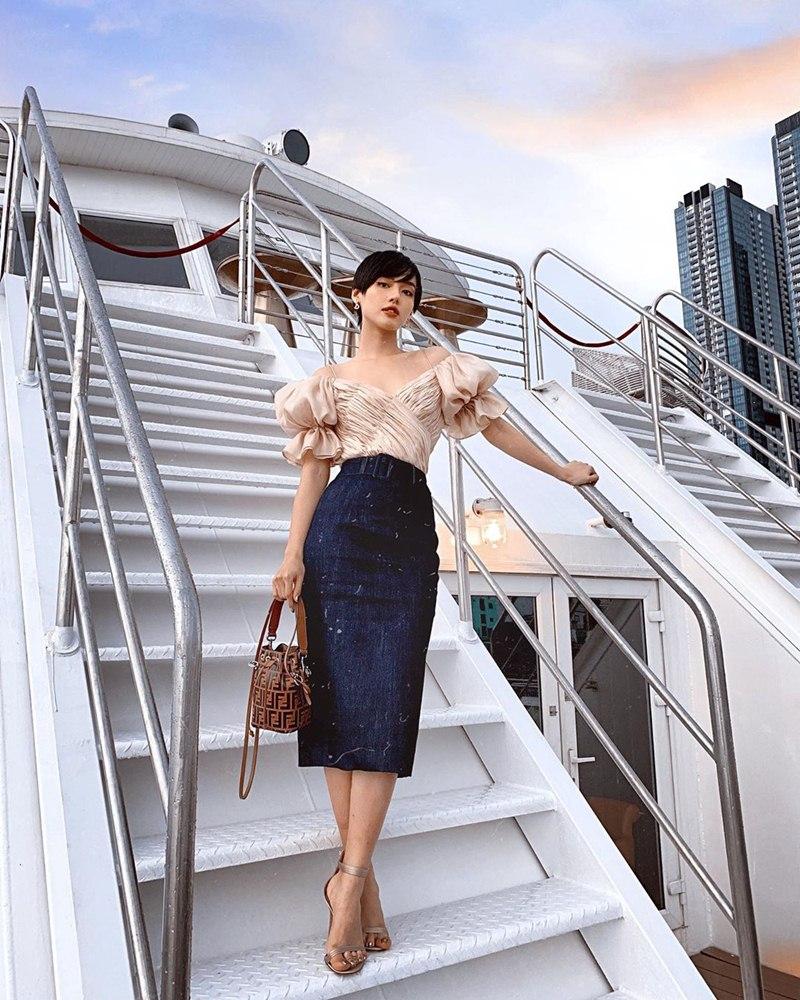 STREET STYLE giới trẻ: Chi Pu - Quỳnh Anh Shyn siết eo nhỏ đến ngỡ ngàng với mốt áo corset-6