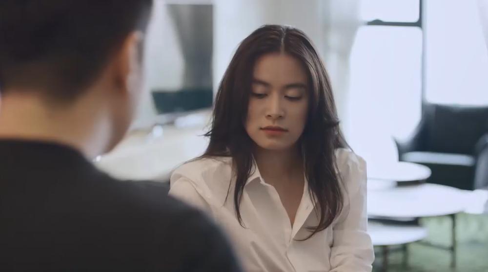 Mê cung tập 8: Hoàng Thùy Linh bị bắt cóc trong lúc điện thoại cho bạn trai-1