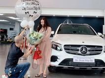 Cặp đôi chịu chi nhất năm: Chồng tặng vợ xe hơi 2,3 tỷ, vài ngày sau vợ