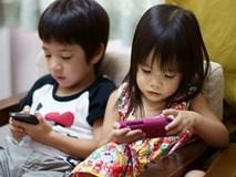 Tiết lộ về số giờ trẻ dưới 5 tuổi có thể dùng tivi - điện thoại, nhiều cha mẹ giật mình vì đã để con xem quá nhiều