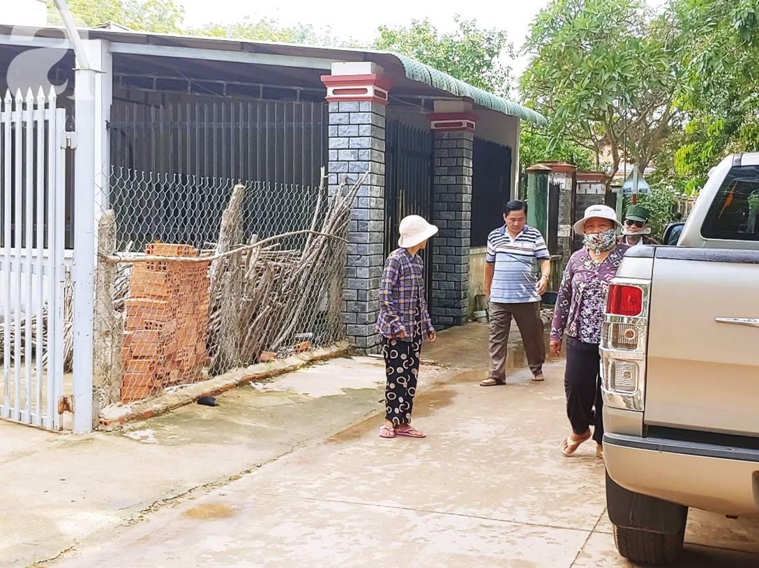 Hiện trường ngôi nhà bí ẩn có 2 thi thể đang phân hủy trong khối bê tông, cảnh sát phong tỏa nghiêm ngặt-7