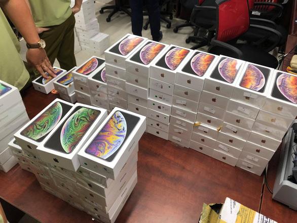 Phi vụ buôn lậu khủng: 2.500 smartphone từ Trung Quốc vào Việt Nam-2
