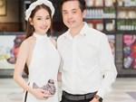 Dương Khắc Linh cùng vợ sắp cưới khoác vai, công khai ôm hôn tình tứ trước ngày lên xe hoa-17