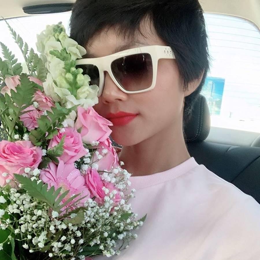 Mai Phương Thuý khoe nhan sắc ngày càng thăng hạng và gợi cảm ở tuổi 31-17