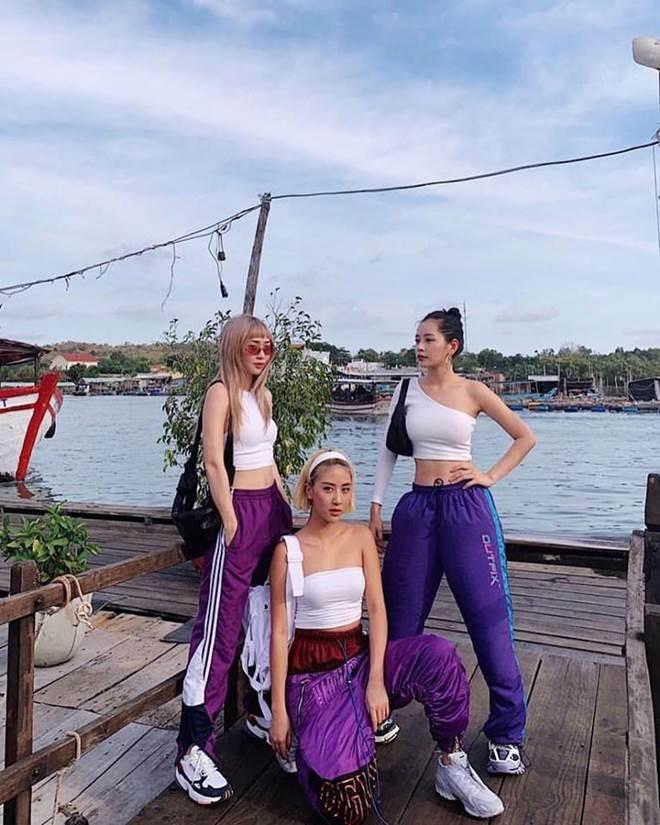 Áo tai tiếng nhất năm 17 tuổi của Angela Phương Trinh lại đang là mốt 2019-7