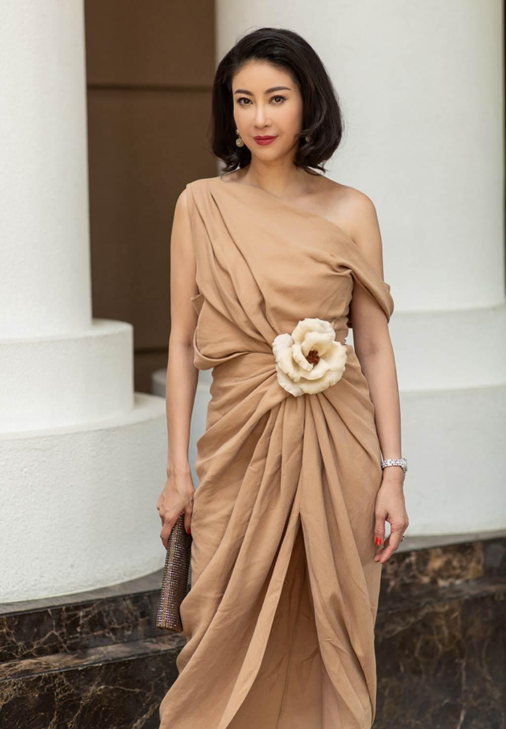Hà Kiều Anh, Hồng Nhung, Giáng My tuổi U50 vẫn quyến rũ vượt mặt dàn gái trẻ-4