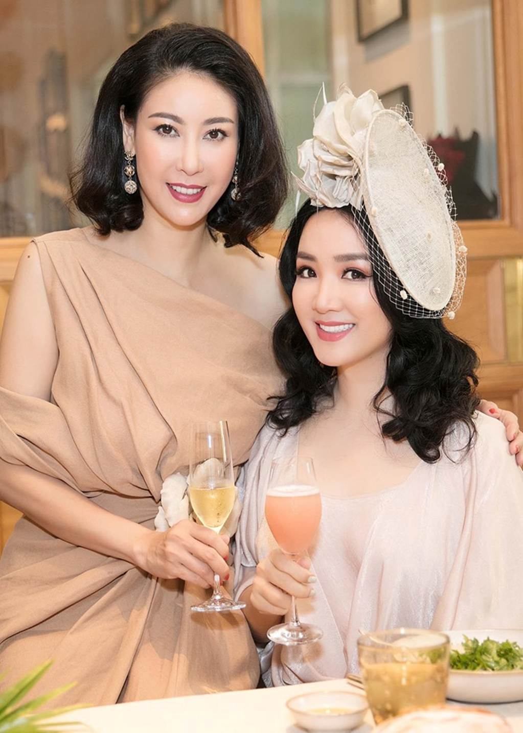 Hà Kiều Anh, Hồng Nhung, Giáng My tuổi U50 vẫn quyến rũ vượt mặt dàn gái trẻ-5