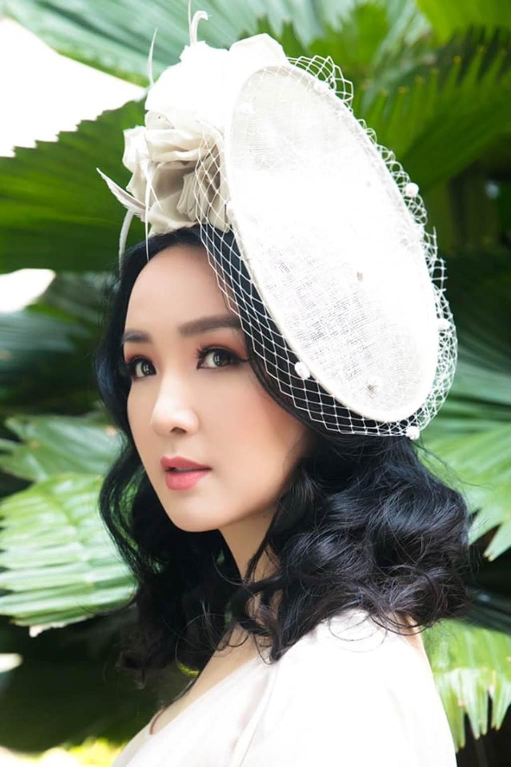 Hà Kiều Anh, Hồng Nhung, Giáng My tuổi U50 vẫn quyến rũ vượt mặt dàn gái trẻ-6