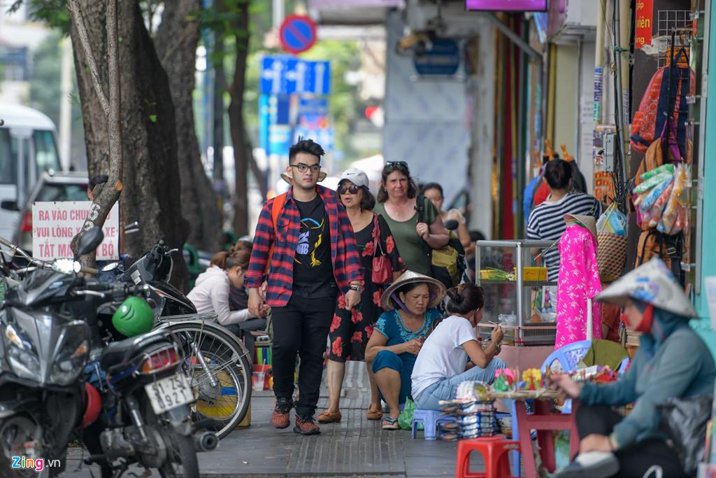Con phố giá nhà đắt nhất Việt Nam: 1,5 tỷ/m2-13
