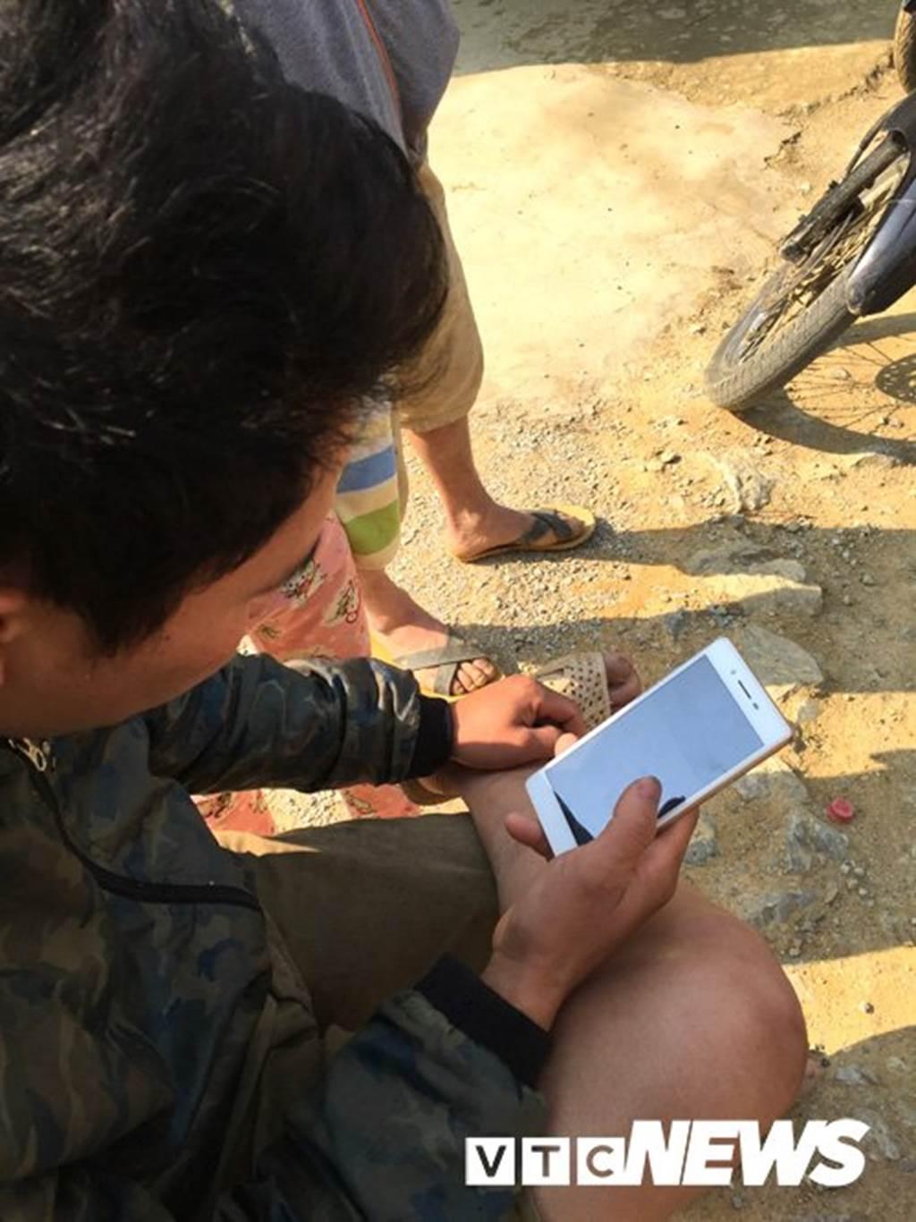 Lạ Tuyên Quang: Cả làng bỏ việc vào rừng đào củ đắt như vàng 9999-6