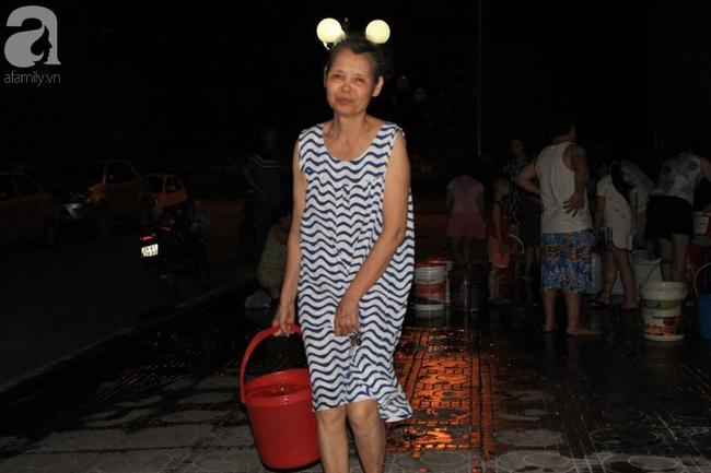 Hà Nội: Giữa đợt nắng nóng đỉnh điểm, 200 hộ dân chung cư nhốn nháo vì mất nước sinh hoạt-4