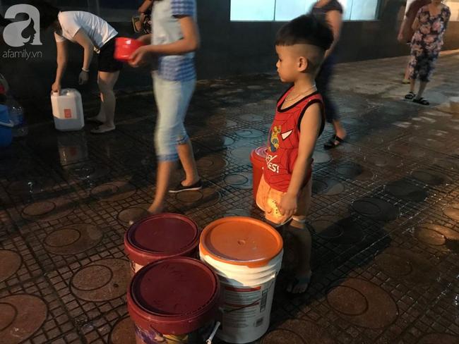 Hà Nội: Giữa đợt nắng nóng đỉnh điểm, 200 hộ dân chung cư nhốn nháo vì mất nước sinh hoạt-6