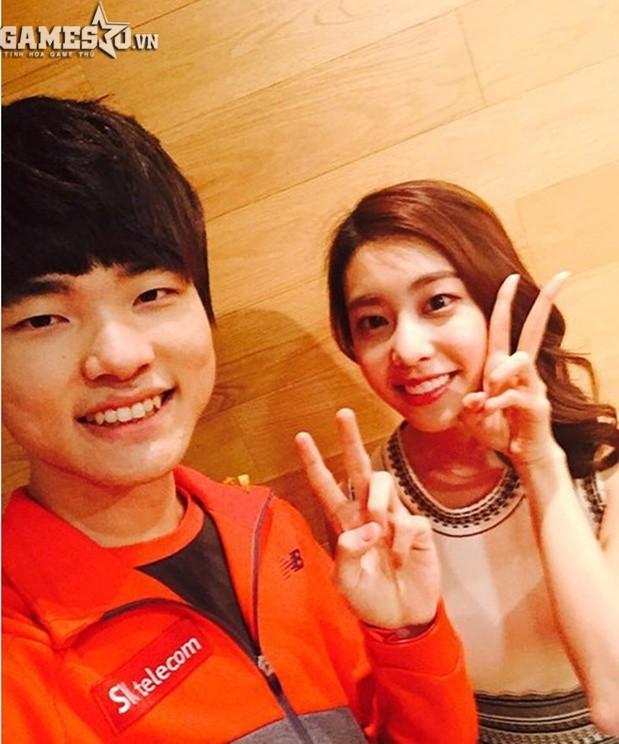 Bạn gái kém 17 tuổi của So Ji Sub hóa ra lại cực kỳ nổi tiếng tại Hàn Quốc và thậm chí được tôn là nữ thần-4