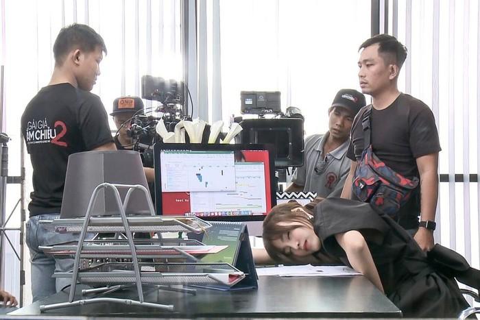 Trước khi nhập viện vì làm việc quá sức, Ninh Dương Lan Ngọc nhiều lần lộ dáng da bọc xương đến thê thảm-5