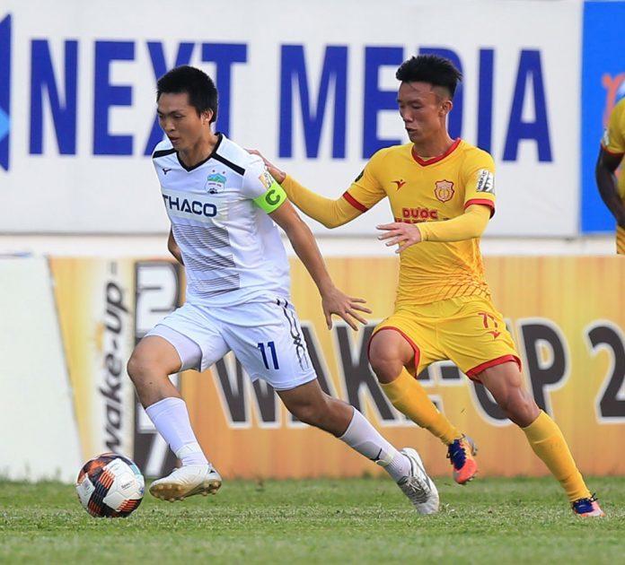 Tuyển Việt Nam dự King's Cup: Cứ mạo hiểm thôi, thầy Park!-1