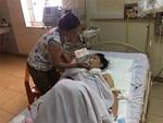 Nước mắt người mẹ có con gái bị chồng dùng dao cứa cổ-3