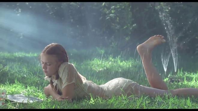 Vụ nữ diễn viên 13 tuổi đóng cảnh nóng gây tranh cãi: Hãy xem Hollywood quy định ra sao?-3