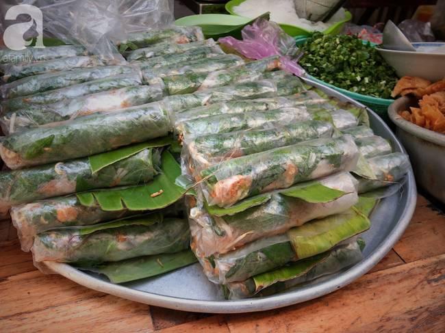 Quán ăn nhỏ hơn 40 năm tuổi góp phần làm nên văn hóa ẩm thực hẻm Sài Gòn: 7 ngày bán 7 món khác nhau, tuyệt hảo nhất chính là món chay-9
