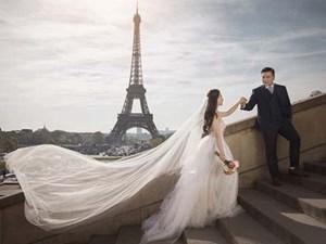 Bộ ảnh cưới đẹp như trên phim của đạo diễn 'Cua lại vợ bầu' và vợ 9X