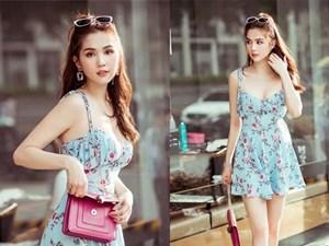 Chỉ với chiếc váy hoa 2 dây giản dị, Ngọc Trinh vẫn xinh đẹp 'bất chấp'