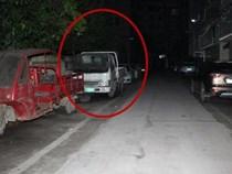 Bé trai bị bắt cóc, nhốt trong thùng xe tải, cảnh sát phát hiện đứa trẻ là
