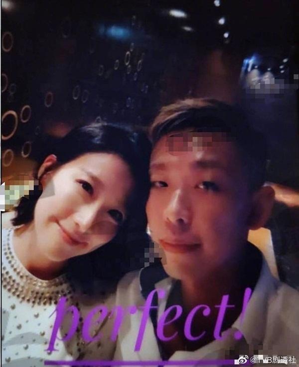 Showbiz Hong Kong lại chấn động: Hoa đán TVB Diêu Tử Linh bị lộ ảnh giường chiếu với chồng của bạn thân?-2