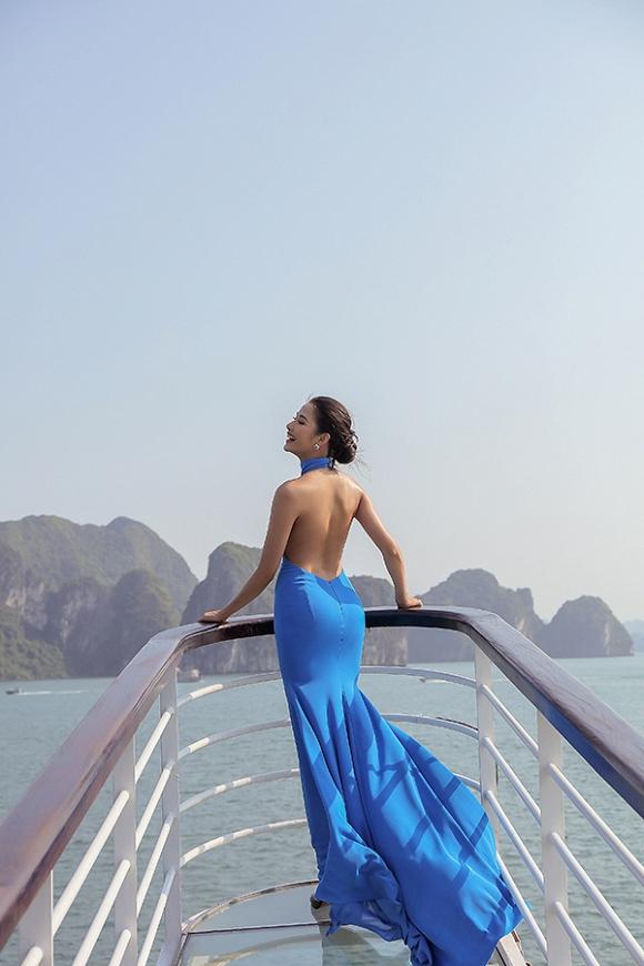 Hoàng Thuỳ khoe dáng nuột nà trên du thuyền-6