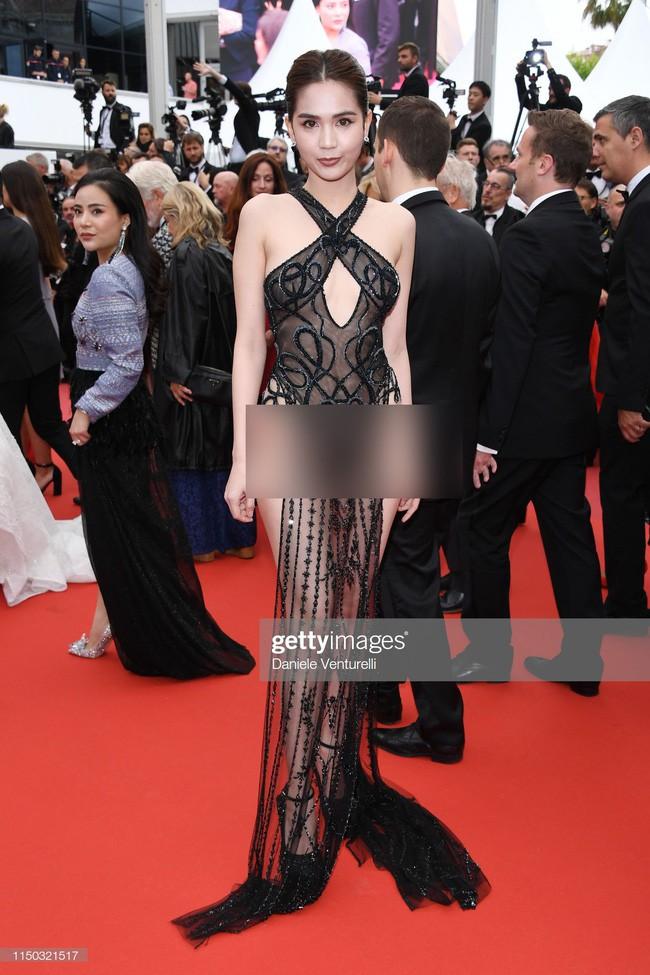 Từ Cannes, Ngọc Trinh tự hào tuyên bố sau nhiều đả kích về bộ cánh có như không: Tất cả các phóng viên đều kêu tôi nán lại để chụp ảnh-1
