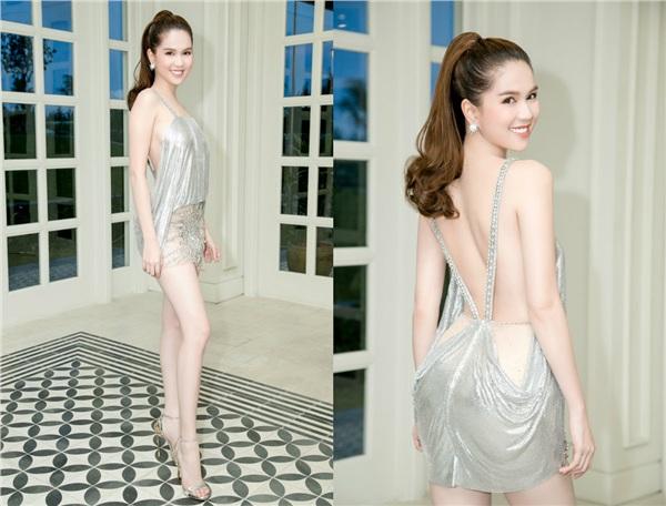 Không phải đến Cannes mới hở bạo đâu, Ngọc Trinh có cả một bộ sưu tập những chiếc váy còn nóng hơn thời tiết Hà Nội đây này!-7