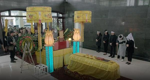 Mê cung tập 9: Hoàng Thùy Linh vẫn xinh đẹp lắm, nhưng vừa xuất hiện đã bị bắt cóc ngay trước mặt Hồng Đăng-8