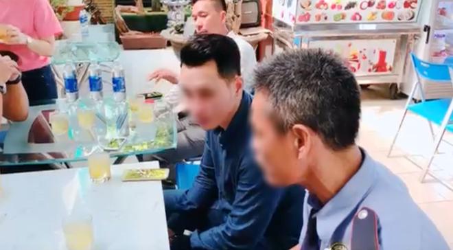 Nam Việt Kiều đến gặp và trực tiếp xin lỗi bác bảo vệ chung cư: Do con cảm thấy mình bị khinh thường nên mới phản ứng lại như vậy-3