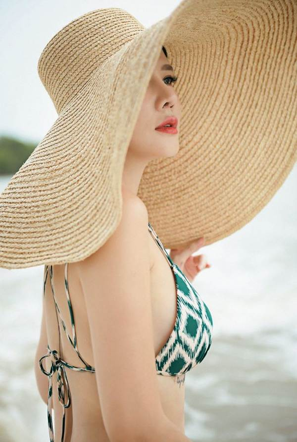 Dương Yến Ngọc khoe dáng quá nóng bỏng với bikini ở tuổi 40-6