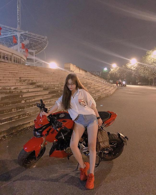 Vừa khoe ảnh mặc quần ngắn 5 phân ngồi banh chân, Nhật Lê bạn gái Quang Hải lại bị dân mạng khẩu nghiệp-7