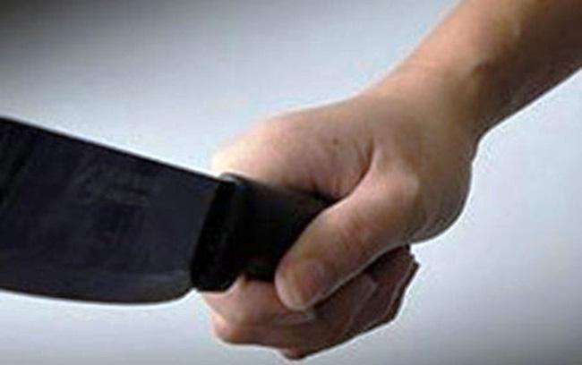 Bắt thanh niên dùng dao chém nhiều nhát vào đầu, người bé gái 11 tuổi sau 6 giờ gây án-1