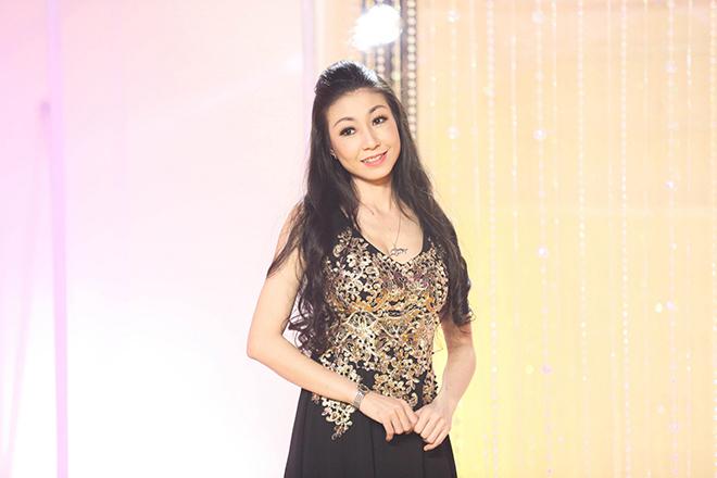 Nữ ca sĩ được Mr. Đàm trả cát-xê 1 tỷ, Hoài Linh theo đuổi giờ ra sao?-1