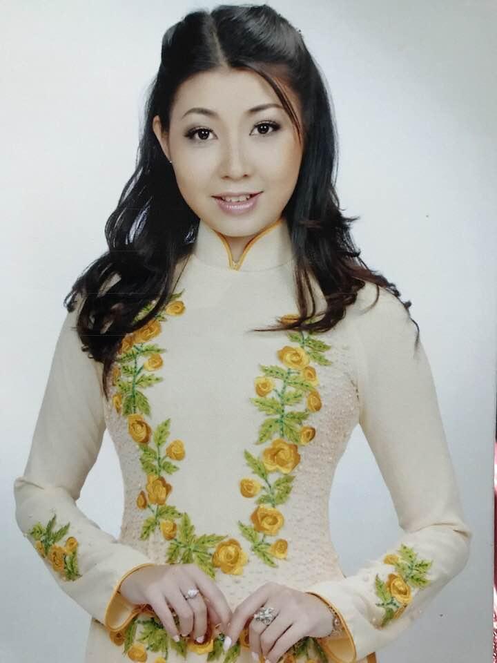 Nữ ca sĩ được Mr. Đàm trả cát-xê 1 tỷ, Hoài Linh theo đuổi giờ ra sao?-6