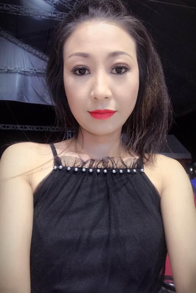 Nữ ca sĩ được Mr. Đàm trả cát-xê 1 tỷ, Hoài Linh theo đuổi giờ ra sao?-9