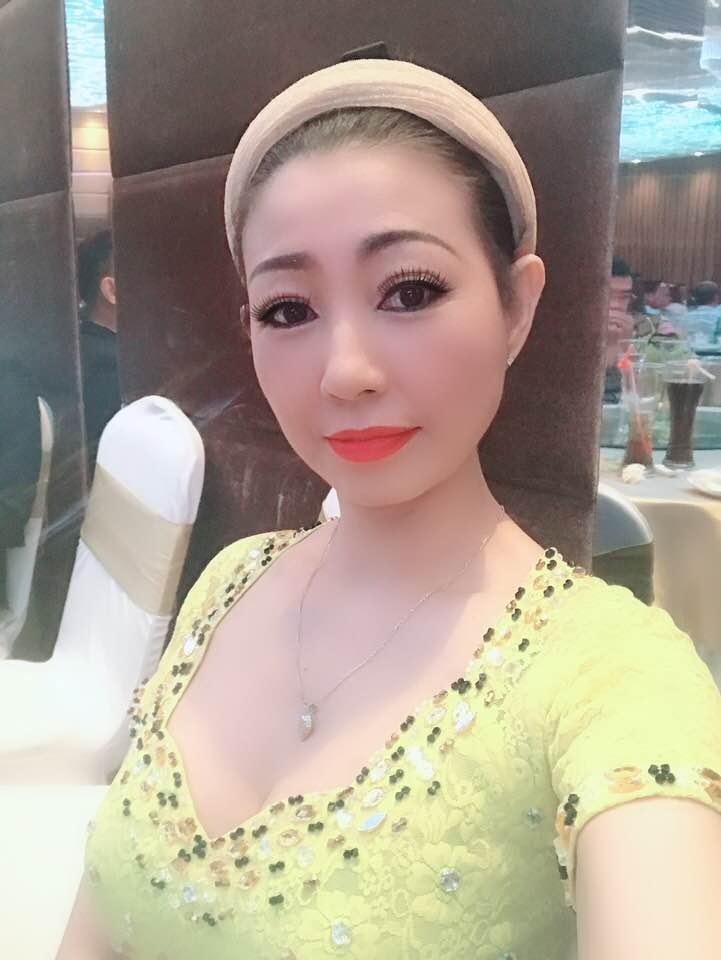 Nữ ca sĩ được Mr. Đàm trả cát-xê 1 tỷ, Hoài Linh theo đuổi giờ ra sao?-8