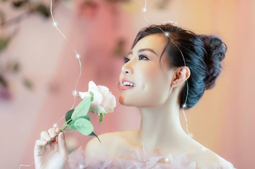 Diễn viên Thanh Hương bỗng dịu dàng lạ thường trong loạt ảnh mới-9