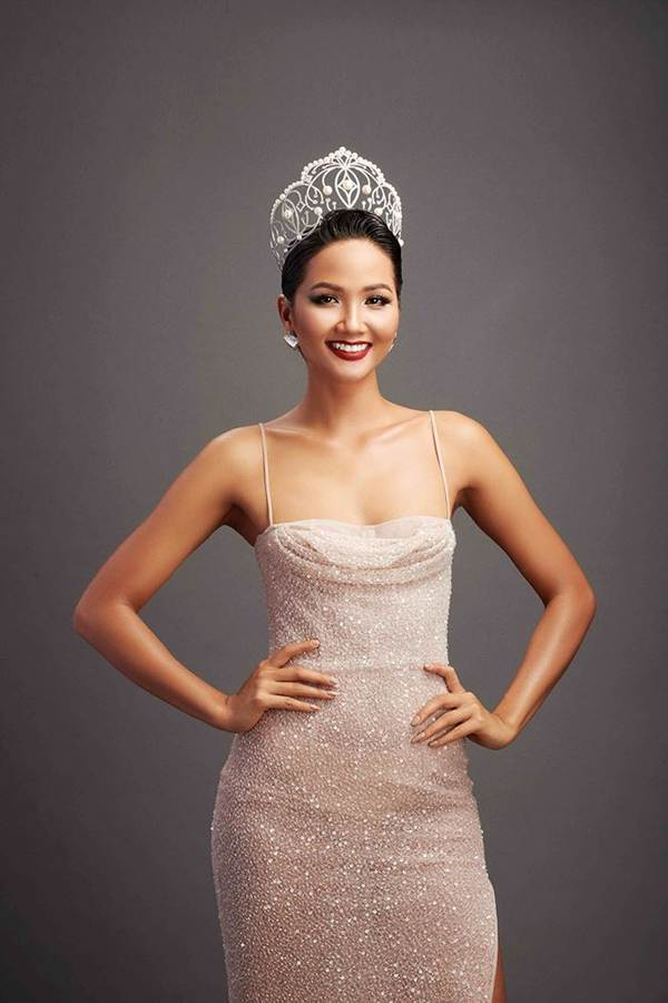 Dàn Hoa hậu Việt dành danh hiệu quốc tế hội ngộ trong bộ ảnh Tự hào Việt Nam-2