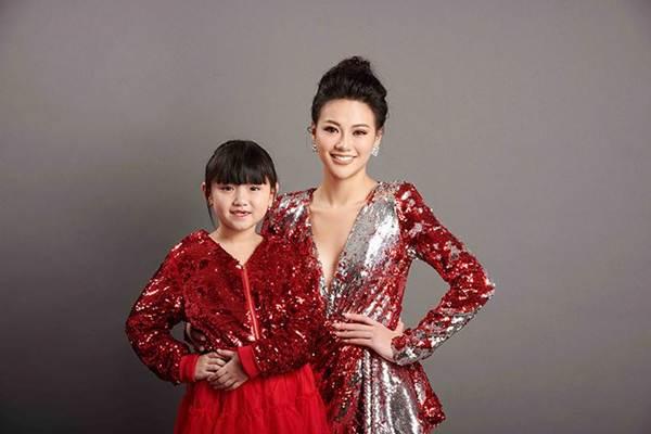 Dàn Hoa hậu Việt dành danh hiệu quốc tế hội ngộ trong bộ ảnh Tự hào Việt Nam-5