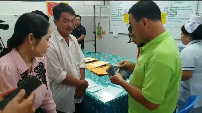 Chia sẻ của Quyền Linh sau tuyên bố giải nghệ, tiết lộ khoảnh khắc trút sạch ví giúp đỡ người nghèo trong hậu trường-1