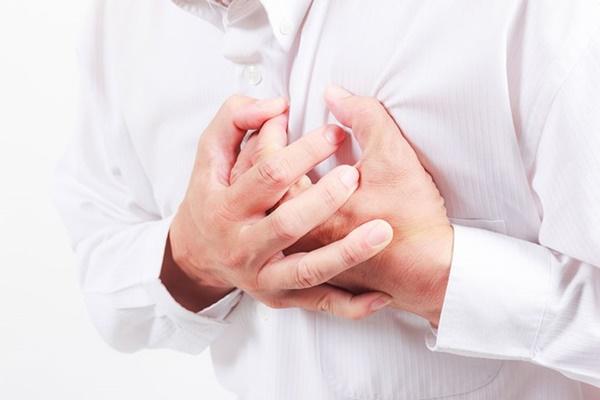 4 dấu hiệu cảnh báo tim của bạn đã gặp nguy hiểm: Hãy nhanh đi khám để tránh rủi ro-2