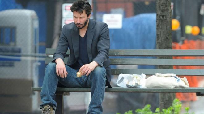 Keanu Reeves và Châu Tinh Trì: Hai ông hoàng sống tằn tiện, lập dị sau ánh hào quang-7